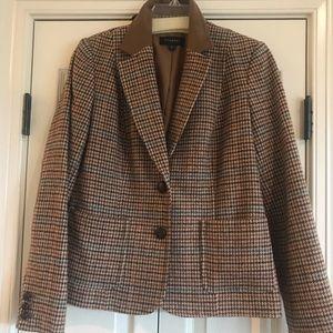 Talbots Tweed Blazer in browns tan & black. Size 8